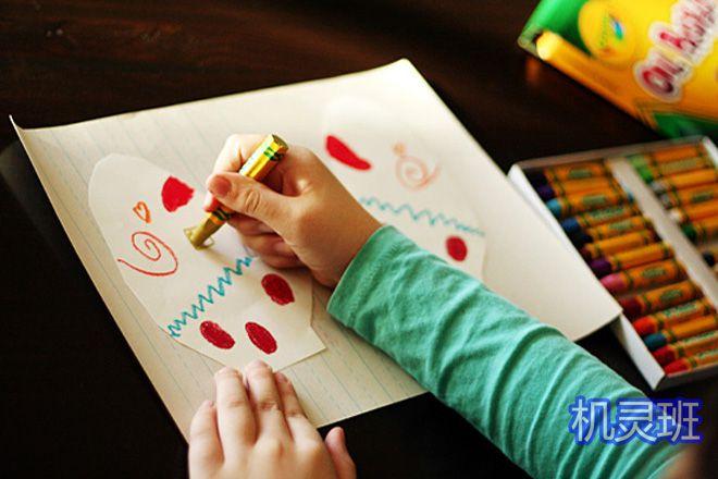 大班简单手工:怎么剪纸贴画手套(步骤图解)4