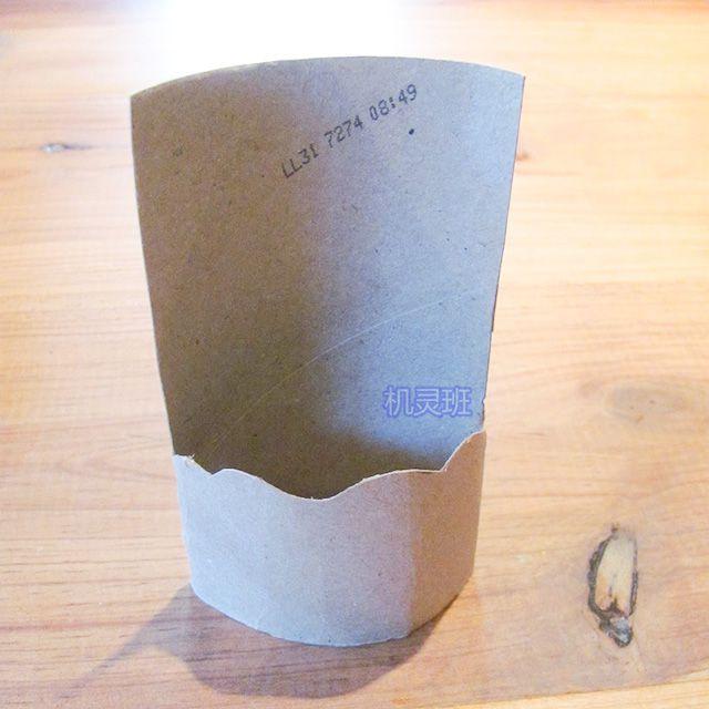 爱护动物手工:卫生纸筒制作鲸鱼戏水(步骤图解)2