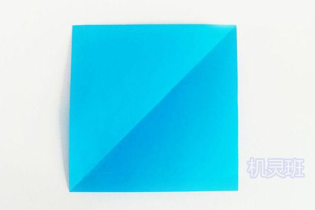 儿童手工海洋动物:怎么用彩色A4纸简单剪纸会动的鲤鱼(步骤图解)2