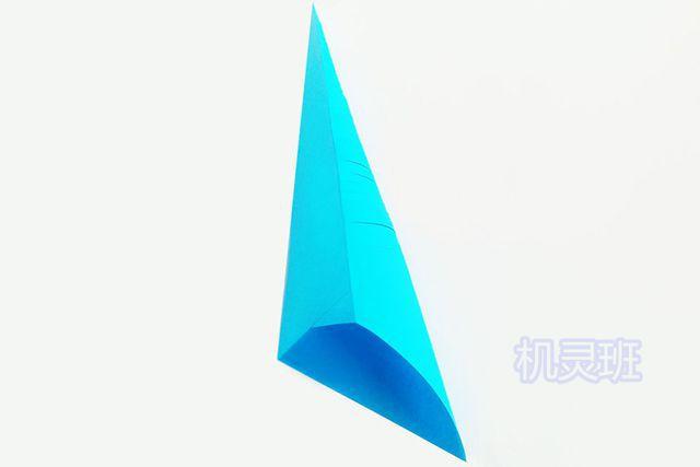儿童手工海洋动物:怎么用彩色A4纸简单剪纸会动的鲤鱼(步骤图解)6